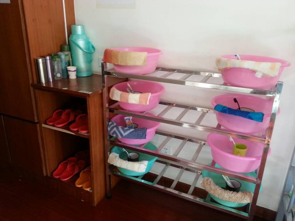 员工宿舍物品摆放标准